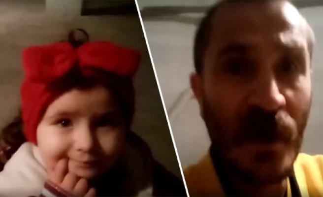 AKP veya CHP İktidarında Kolayca İş Bulsunlar Diye Çocuklarına 'Eylem Ayla ve Eliz İkra' İsimlerini Koyan Baba