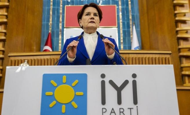 Akşener, İstanbul Sözleşmesi Üzerinden AKP'yi Topa Tuttu: '7 Yaşındaki Kızlarımızı Evlendirmeyi Seçtiler'