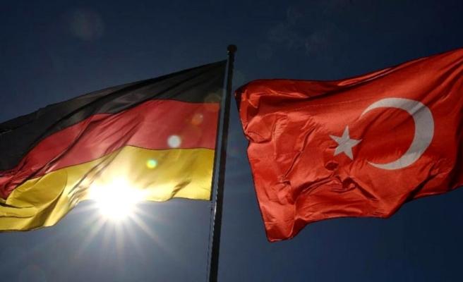 Almanya Türkiye'yi koronavirüs risk bölgesi ilan etti, anlaşma iptal edildi