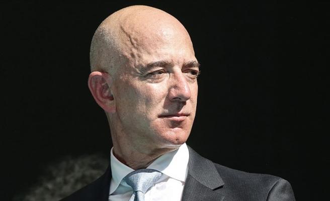 Amazon'un Kurucusu Bezos Uzay Yolculuğuna Hazırlanıyor