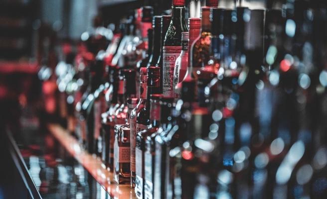 Antalya, Eskişehir ve İzmir'de Tekel Büfeleri Kapatıldı, Alkol Satışı Yasaklandı