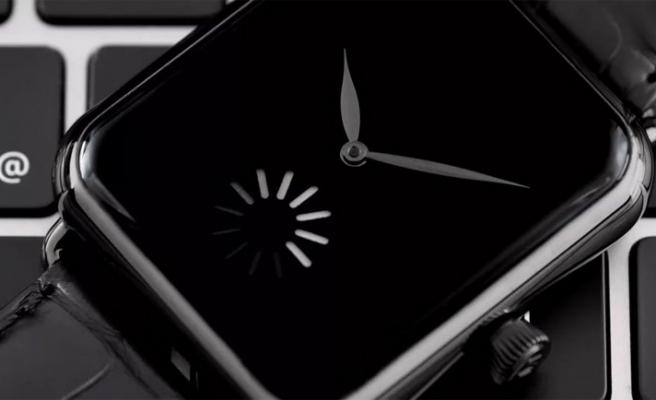 Apple'la dalga geçen saat