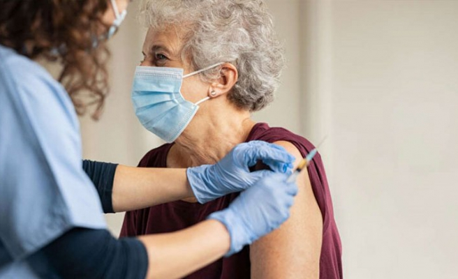 Aşı olana 1 milyon dolar ödül