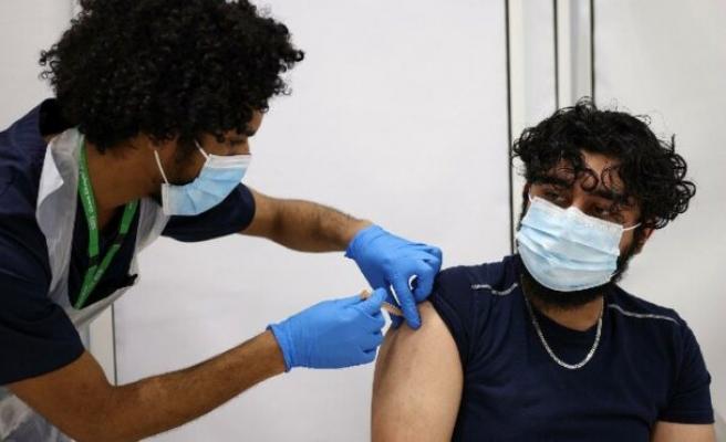 Aşıların koruma süreleri karşılaştırıldı... Moderna, BioNTech'ten daha iyi çıktı