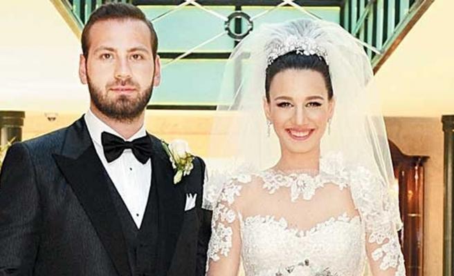 Atasay'ın patronunun kızı boşandı!