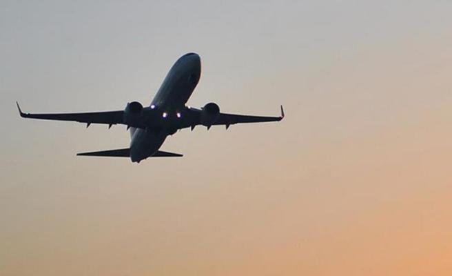 Avustralya, Hindistan'dan gelen yolcuları yasa dışı ilan etti! Gelirlerse hapse girebilirler