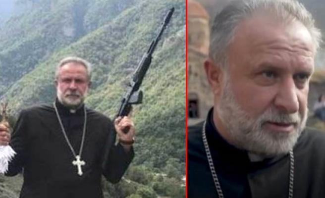Azerbaycan'a karşı silah gösteren papaz, yenilgi anlaşmasının ardından mağduru oynadı