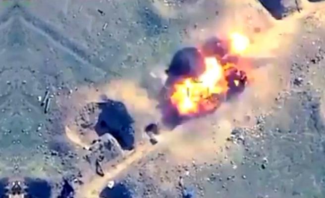 Azerbaycan, Gence'nin intikamını böyle aldı! Ermenistan güçlerinin SİHA'larla vurulduğu anlar kamerada