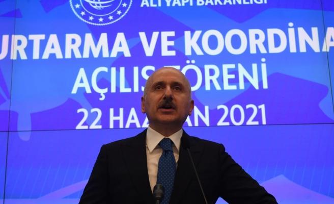Bakan Karaismailoğlu: 'Dünyanın her noktasında Türk denizciliği ve Türk havacılığına hizmet veriyoruz'