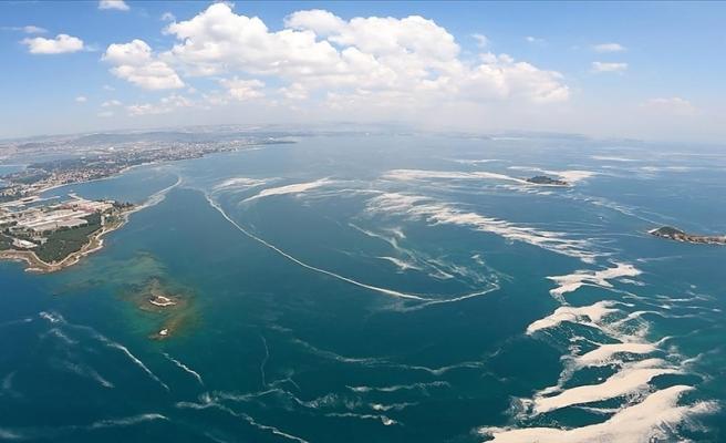 Bakan Kurum: 'Marmara Denizi'nde 1197 Metreküp Müsilajı Temizledik'