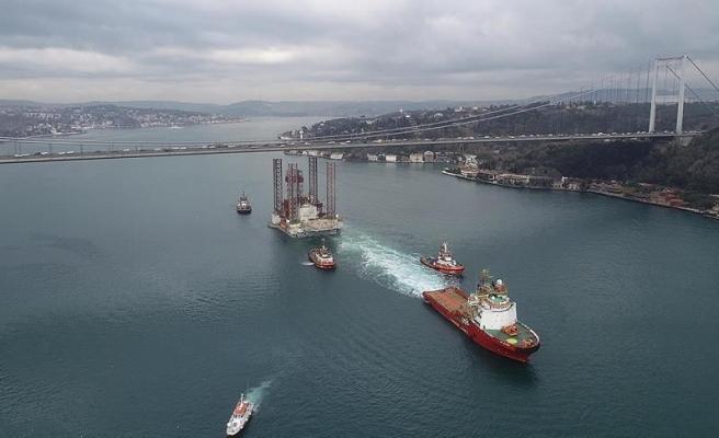 Bakan Turhan'a Kanal İtirazı: 'İstanbul Boğazı'na 3 Bin 400 Yüz Dolar Veren Gemiden Nasıl 100 Bin Dolar Alacaksınız?'