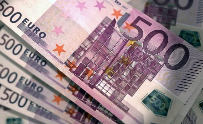 Bankada 500 Bin Euro'ları Varmış: Fransa'da Yoksulluk Yardımı Alan 'Zengin' Türk Aileye Para ve Hapis Cezası