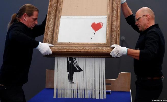 Banksy'nin Müzayede Sonunda 'Parçalanan' Eseri Yeniden Açık Artırmayla Satılacak