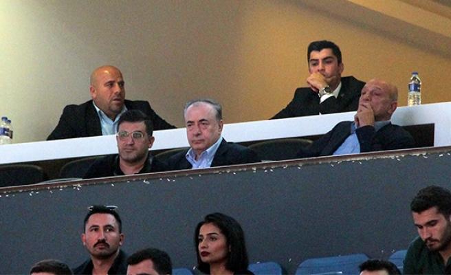 Başkan Cengiz'den basketbol takımına destek