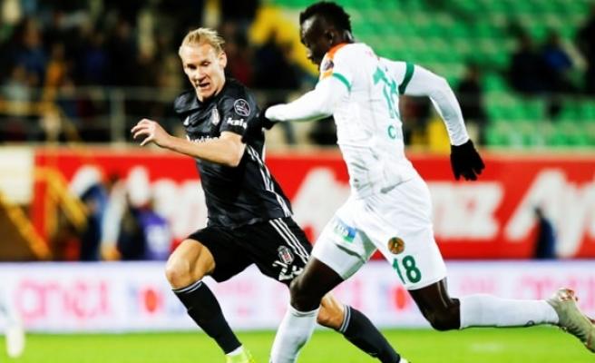 Beşiktaş - Alanyaspor maçında ilk 11'ler belli oldu
