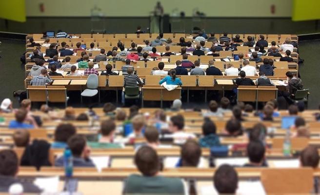 Bilim Kurulu Üyesi Kayıpmaz: 'Üniversitelerin Açılması Gündeme Gelebilir'