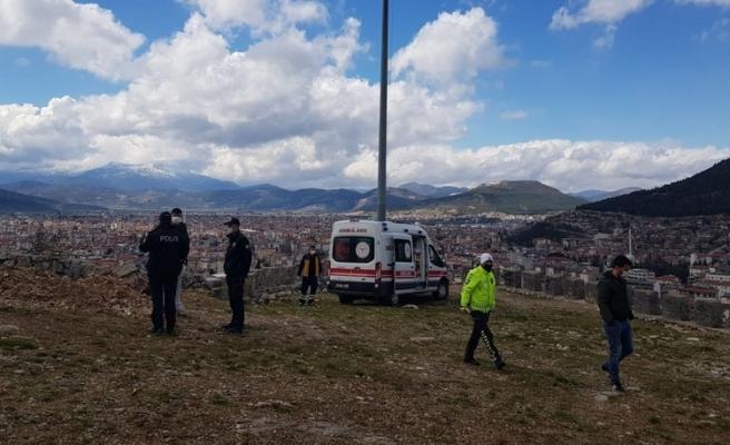 Bitmiyor... Burdur'da 17 Yaşındaki Genç Kız, Parkta Bıçaklanarak Öldürüldü