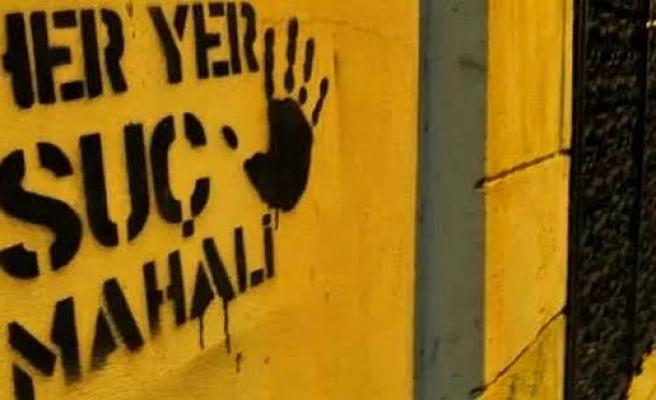 Boşanma Aşamasındaydı: İzmir'de Bir Kadın, 'Eşi' Tarafından Öldürüldü