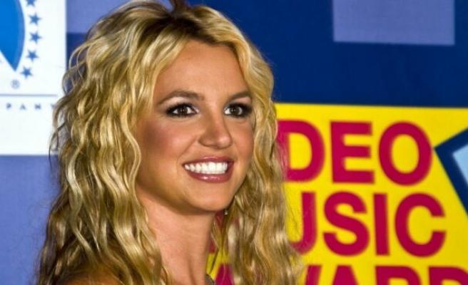Britnet Spears'ın babası vasilikten çekilmek için başvuruda bulundu