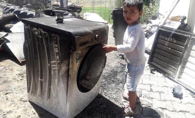 Buzdolabı patlayan ev harabeye döndü