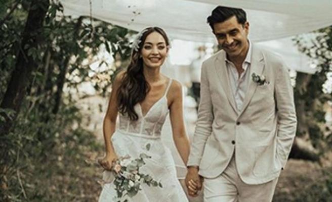 Cansel Elçin ve Zeynep Tuğçe Bayat evlendi