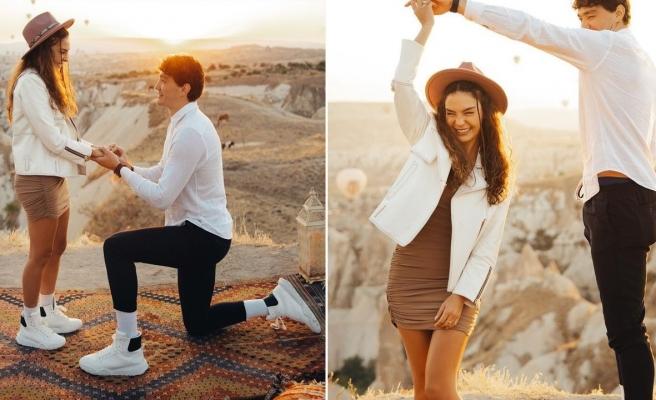 Cedi Osman'dan Ebru Şahin'e Kapadokya'da evlilik teklifi