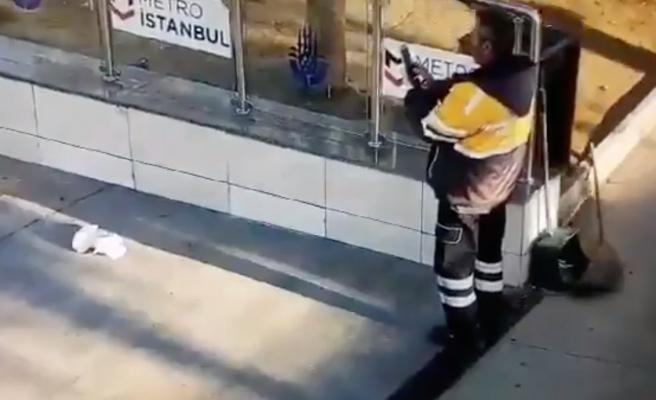 Çekmeköy'de Temizlik Personeli Çöp Atıp Fotoğrafını Çekti: 'Bu Zor Günlerde Bile Trollük Yapanları Kınıyoruz'