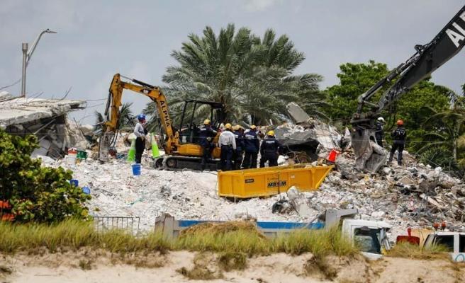 Çöken 13 Katlı Binanın Enkazından Çıkan Ceset Sayısı 86 Oldu: 43 Kişi Hâlâ Kayıp