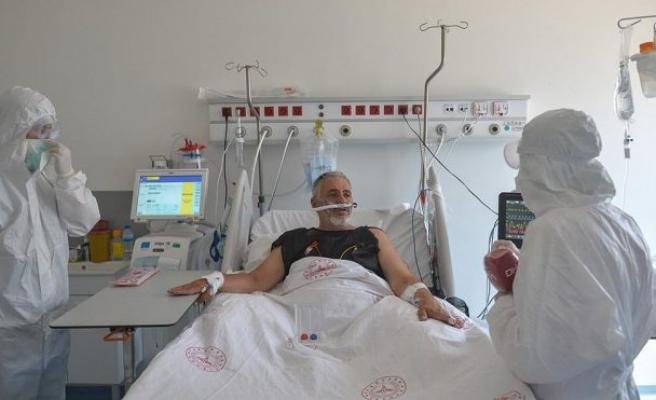 Corona hastası yoğun bakımdan seslendi: En zoruma giden…