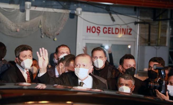 Cumhurbaşkanı Erdoğan'ın Konvoyuna Memleketi Rize'de Protesto