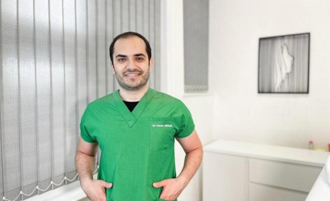 Dermatoloji Uzmanı Dr. Hasan Benar: 'Güneş yanığı cilt kanserine davetiye çıkarıyor'