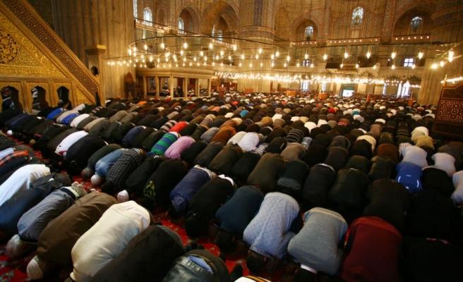 Diyanet Başkanı Erbaş Açıkladı: 'Tam Kapanma Sürecinde Camilerde Cemaatle Namaz Kılınacak'