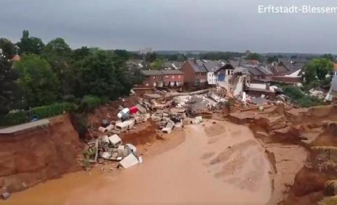 Drone Görüntüleriyle Almanya'daki Sel Felaketti