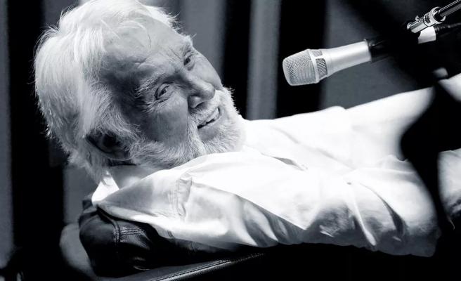 Dünyaca ünlü sanatçı 81 yaşında hayata veda etti!