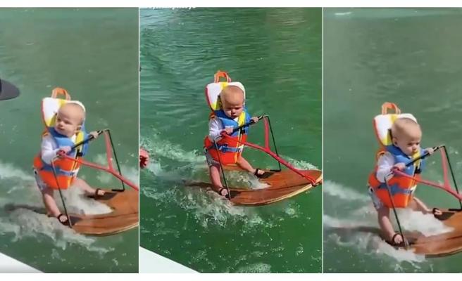 Dünyada Bu Sporu Yapan En Genç İnsan: Su Kayağı Yapan 6 Aylık Bebek