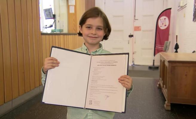 Dünyanın En Genç Üniversite Mezunu Olacak: Elektrik Mühendisliği Bölümünü Bitirmek Üzere Olan 9 Yaşındaki Laurent