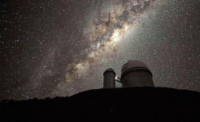 Dünyayı ayağa kaldıran olay! Uzaydan kesik kesik gelen gizemli sinyallerin kaynağı araştırılıyor