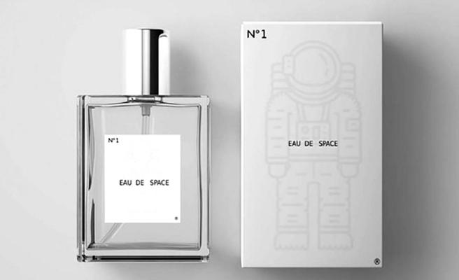 Eau de Space: Astronotların eğitimi için geliştirilen 'uzay kokusu' parfüm oldu
