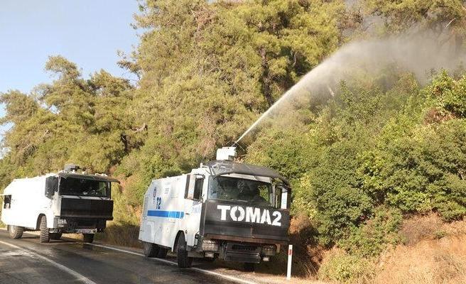 EGM'den Açıklama: Yangın Söndürmede TOMA'lar Kullanılıyor mu?