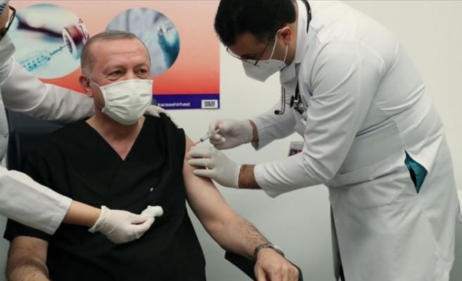 Erdoğan'ın 'Üç Doz Aşı Oldum' Açıklaması Sosyal Medyanın Gündeminde