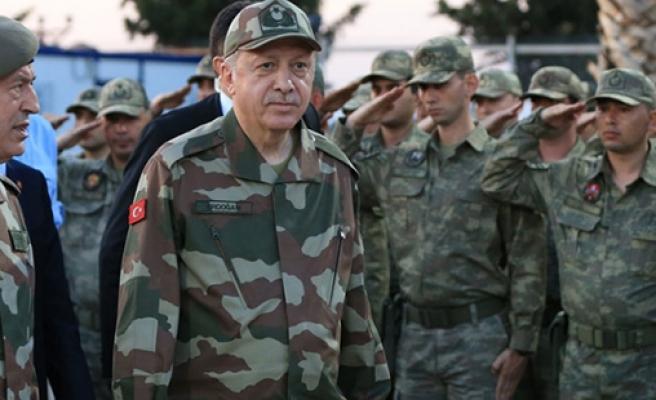 Erdoğan: 'Rabbime Böyle Bir Ordunun Başkomutanı Sıfatını Bahşettiği İçin Binlerce Kez Hamdüsenalar Ediyorum'