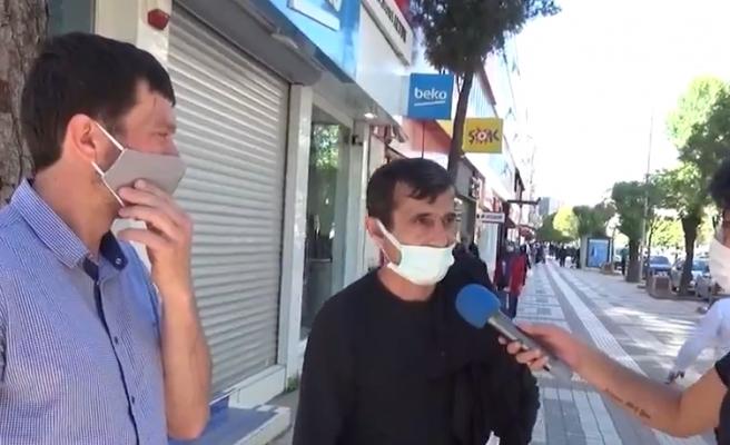 'Erken Seçim Olsa Kime Oy Verirdin?' Sorusuna 'Hepsi AK Partici ya Biz de AK Parti' Cevabı Veren Vatandaş