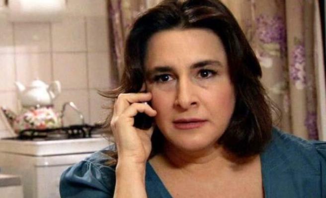 Esra Dermancıoğlu sevenlerini korkuttu! Hastalığı nedeniyle atak geçirdi