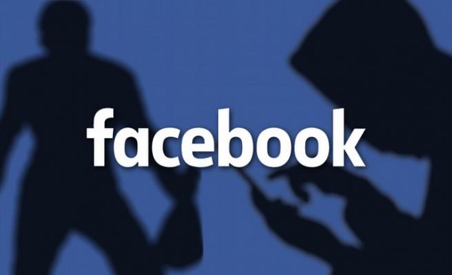 Facebook para dağıtmaya başlıyor