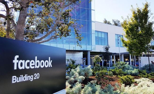 Facebook'un çöktüğü sırada dikkat çeken iddia: Çalışanlar kapıda kaldı