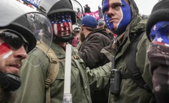 FBI tarafından hazırlanan bülten basına sızdı: ABD'nin 50 eyaletindeki kongre binalarında silahlı protesto planlanıyor