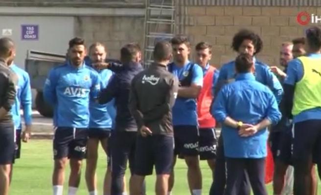 Fenerbahçe, Topuk Yaylası'nda antrenmanlarını sürdürüyor