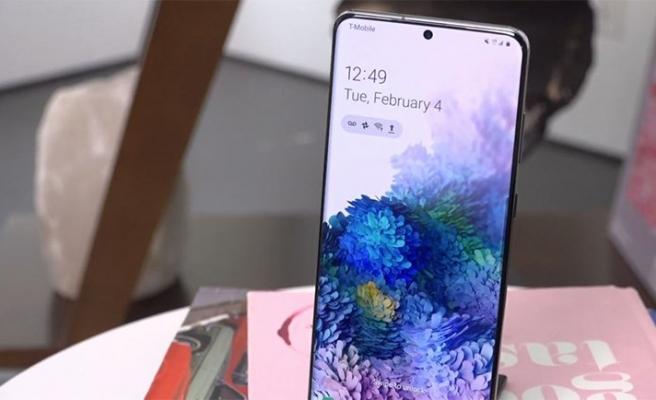 Galaxy S20 ekranları