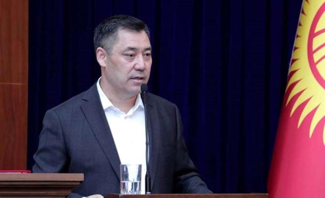 Geçen hafta cezaevindeydi! Protestolar sonrası Sadır Caparov, Kırgızistan Cumhurbaşkanı oldu