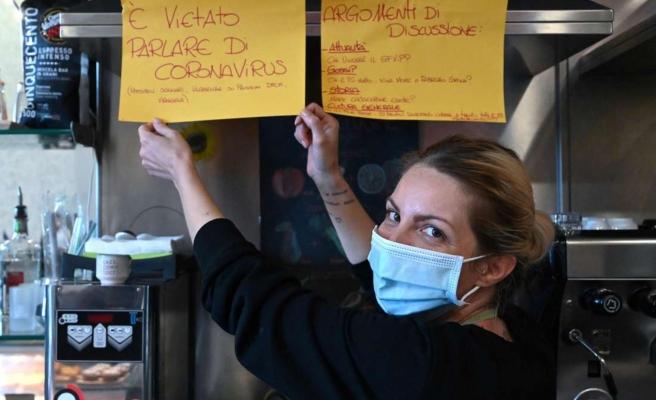 Gerekçe Gergin Bir Hava Yaratması: Kapısına 'Koronavirüsten Bahsetmek Yasaktır' Tabelası Asıldı